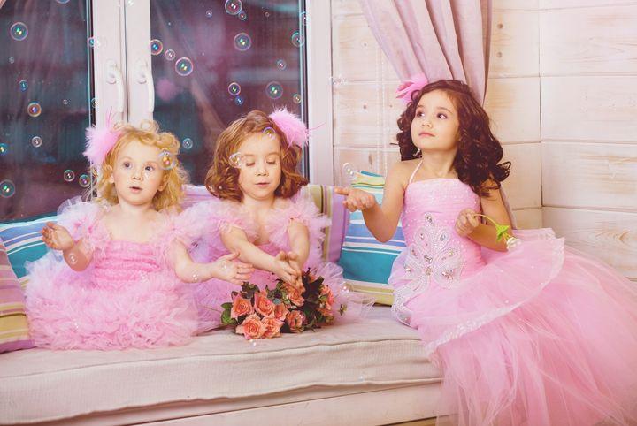 девочки-в-розовых-платьях