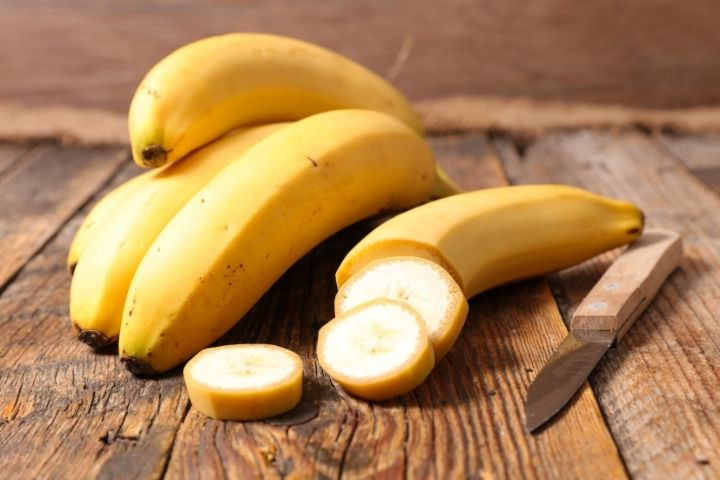 польза банана при кормлении