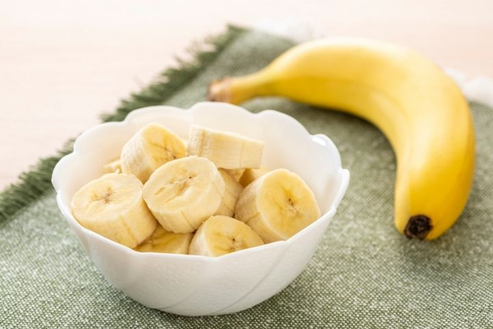чем опасны бананы кормящим