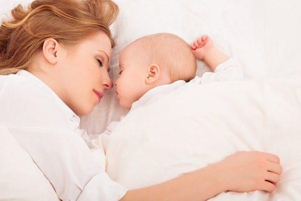 уложить спать новорожденного