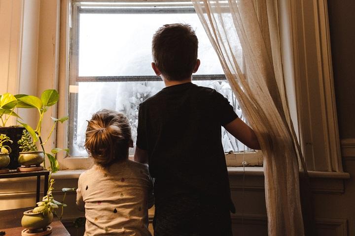 Дети хотят гулять, что делать
